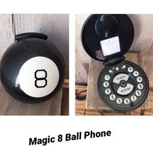 Vintage Magic 8 Ball Plug in Phone